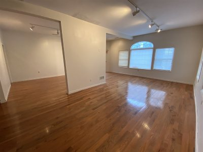 Manchester Commercial Lease For Lease: 163 Douglas Street