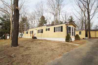 Strafford County Mobile/Manufactured For Sale: 3 North Elderberry Lane