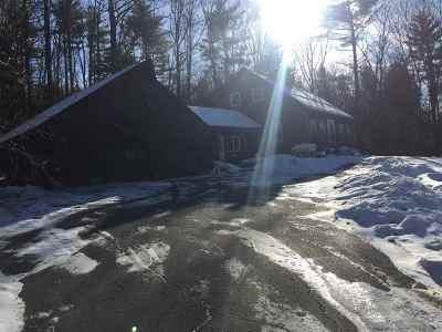 Single Family Home For Sale: 28 Hob Nob Lane