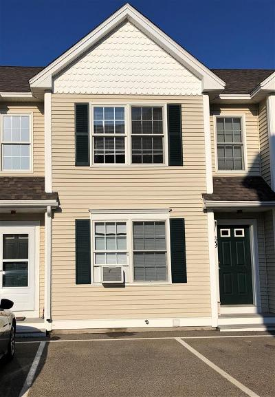 Strafford County Condo/Townhouse For Sale: 67 Crown Point Drive