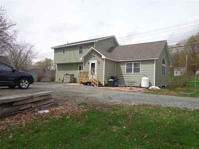 Orleans County Single Family Home For Sale: 2703 Route 5
