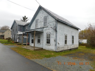 Fair Haven Single Family Home For Sale: 1 Maple Street