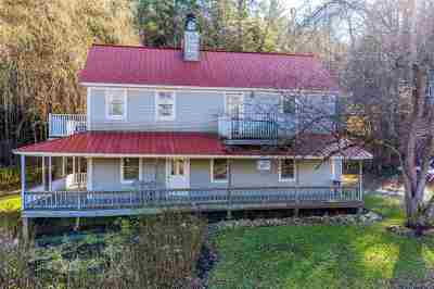 Stowe Single Family Home For Sale: 57 Meadow Lane