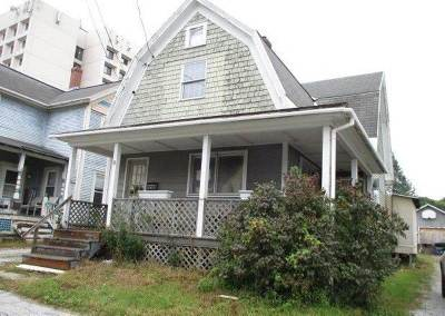 Rutland VT Single Family Home For Auction: $33,000