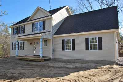 Goffstown Single Family Home For Sale: 220 Addison Road