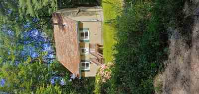 Belknap County, Carroll County, Cheshire County, Coos County, Grafton County, Hillsborough County, Merrimack County, Rockingham County, Strafford County, Sullivan County Single Family Home For Sale: 26 Boulder Pass