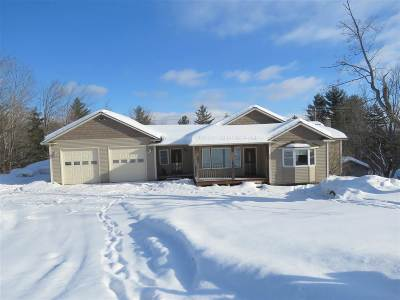 Orleans County Single Family Home For Sale: 2492 Cross Road
