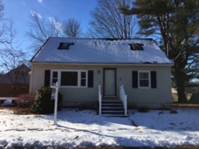 Exeter Single Family Home For Sale: 50 Westside Drive