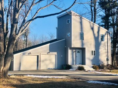 Strafford County Single Family Home For Sale: 334 Dover Point Road