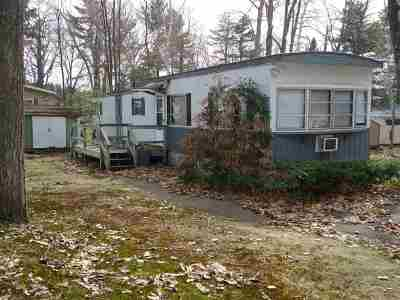 Gilford Mobile/Manufactured For Sale: 9 Sargent Place #84