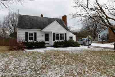 Chittenden County Single Family Home For Sale: 87 Oakland Terrace