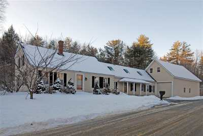 Alton Single Family Home For Sale: 447 Rand Hill Road