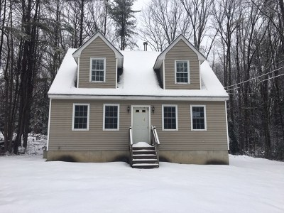 Weare Single Family Home For Sale: 114 Upper Craney Hill Road