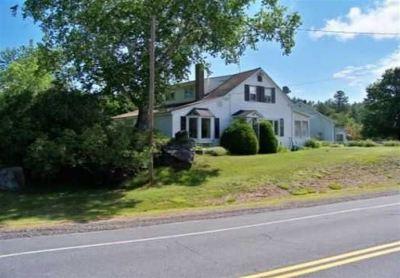Grafton Single Family Home For Sale: 522 Main Street