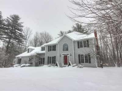 Chittenden County Single Family Home For Sale: 32 Lang Drive