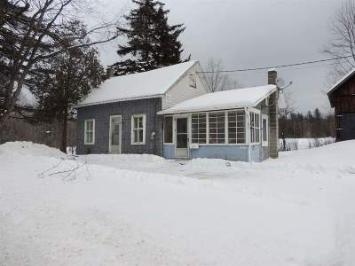 Methuen, Lowell, Haverhill Single Family Home For Sale: 3511 Vt 100 Route