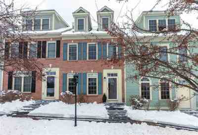 Hanover Condo/Townhouse For Sale: 35 Forest Edge Drive