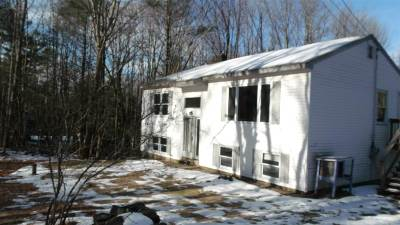 Merrimack County Single Family Home For Sale: 939 Route 129 Route