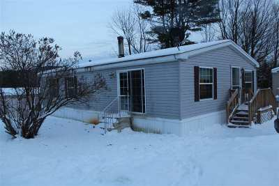 Chittenden County Single Family Home For Sale: 66 Oscars Lane