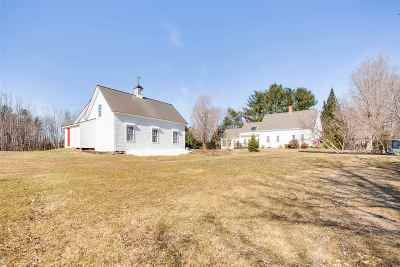 Loudon Single Family Home For Sale: 112 Pittsfield Road