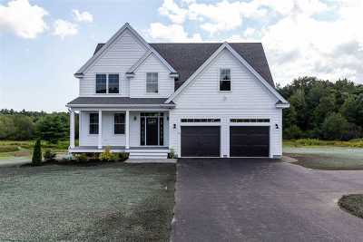 Stratham Single Family Home For Sale: 12 Whittaker Drive