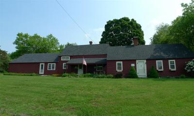 Stratham Single Family Home For Sale: 57 Lovell Road