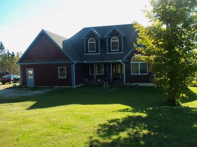 Orleans County Single Family Home For Sale: 1219 Vt Rte. 111 Highway