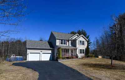 Epping Single Family Home For Sale: 25 Long Meadow Farm Drive