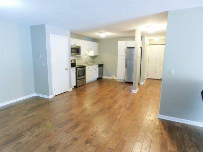 Laconia Condo/Townhouse For Sale: 130 Endicott North Street #312