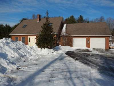 Haverhill NH Single Family Home For Sale: $219,000