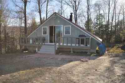 Single Family Home For Sale: 94 Beaver Pond Road