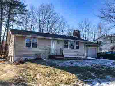 Manchester Single Family Home For Sale: 2052 Lake Shore Road
