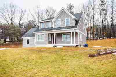 Hooksett Single Family Home Active Under Contract: 7 Lindsay Road