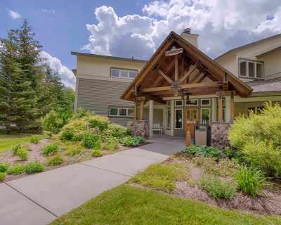 Cambridge Condo/Townhouse For Sale: 1 Owls At Smugglers Notch #1