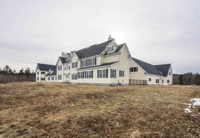 New Boston Single Family Home For Sale: 104 Foxberry Drive
