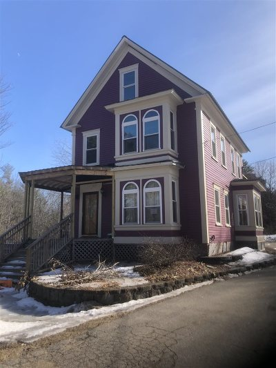 Rochester Single Family Home For Sale: 50 Autumn Street