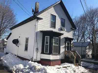 Rochester Single Family Home For Sale: 14 Moores Court