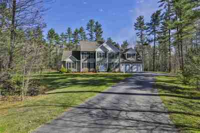 Hollis Single Family Home For Sale: 3 Blacksmith Lane