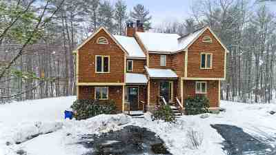 Goffstown Condo/Townhouse Active Under Contract: 34 Lindsey Way #B