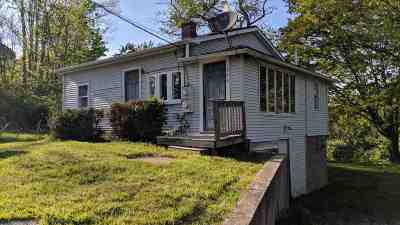 Strafford County Single Family Home For Sale: 586 Silver Street