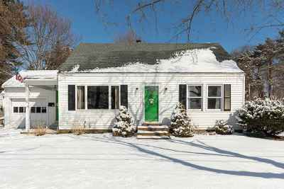 Single Family Home Active Under Contract: 9 Fairfield Drive