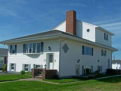 Seabrook Single Family Home For Sale: 189 Tilton Street