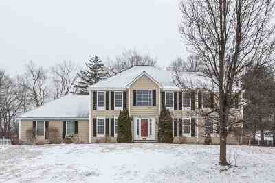 Salem Single Family Home Active Under Contract: 7 Chestnut Drive