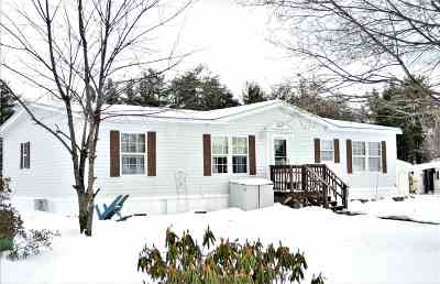 Rochester Single Family Home Active Under Contract: 9 Blossom Lane