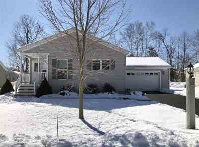 Single Family Home For Sale: 21 Aspen Way