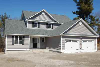 Hooksett Single Family Home For Sale: 63 Brookview Drive