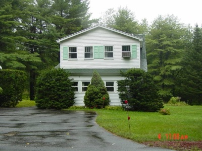 Derry Single Family Home For Sale: 17 Back Chester Road