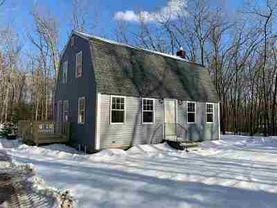 Merrimack Single Family Home For Sale: 45 Seaverns Bridge Road