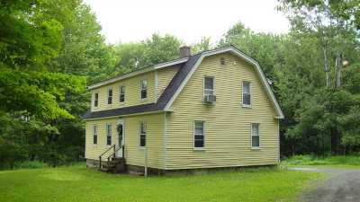 Hanover NH Single Family Home For Sale: $425,000