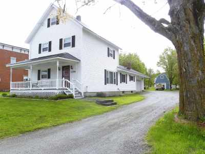 Orleans County Single Family Home For Sale: 66 Park Avenue